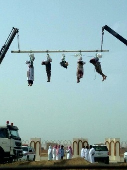 Bodies of Executed Saudis Dangle with Separated Heads