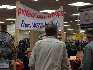 Trawling for Veterans at a Reno Gun Show